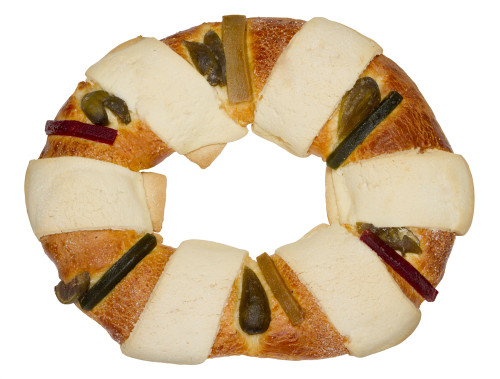 Mexican Traditional Three Kings Bread Holiday Foods from Around the World - Education Possible One of our favorite traditions is to expand our Geography lessons to include learning about holiday customs and activities around the world. We use crafts, field trips, and of course FOOD to bring our learning to life! Inspire your teen to travel without leaving home. You might find some gifts you can make and give to friends and family this season.